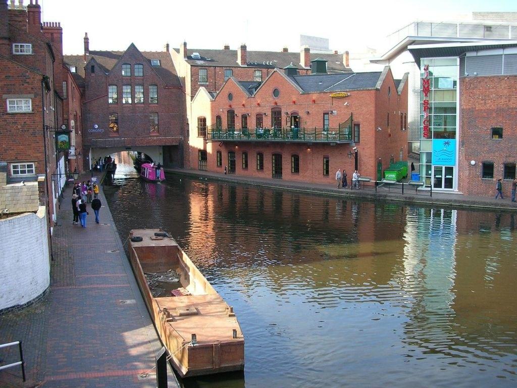 Birmingham and Wolverhampton Canal