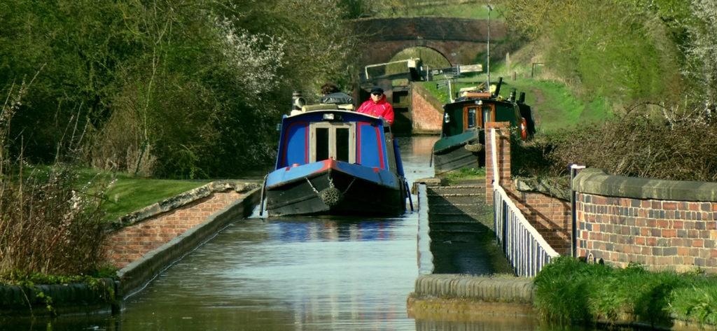 Stratford Canal at Edstone Aqueduct